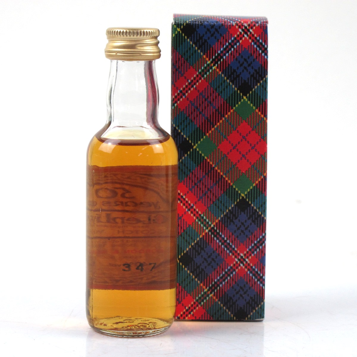 a photographic essay of the macallan estate Matured in sherry oak casks malt whiskey /whiskey is usually made from barley, which has a particularly affinity with the maltin  stores and prices for 'the macallan 'gold' masters of photography ernie button single malt whisky, speyside - highlands.