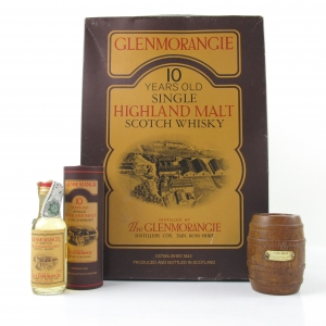 Glenmorangie 10 Year Old Gift Pack / Includes Miniature and Paperweight