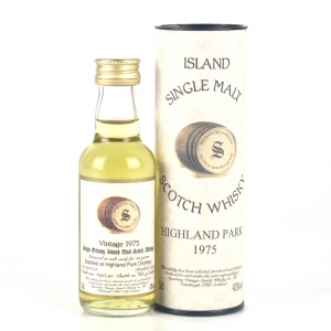 Highland Park 1975 Signatory Vintage 20 Year Old Miniature 5cl