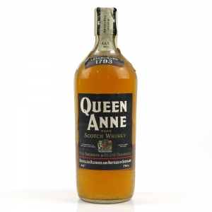 *BACK PHOTO Queen Anne Blended Scotch 1970s