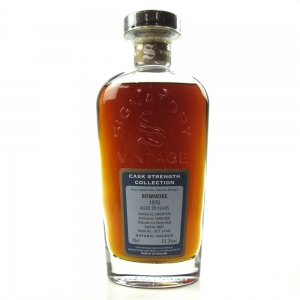 Bowmore 1970 Signatory Vintage 35 Year Old