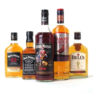 Miscellaneous Whisky and Rum Selection 2 x 70cl & 3 x 35cl