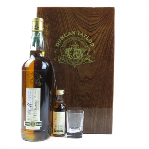 Macallan 1967 Duncan Taylor 40 Year Old / Including Miniature