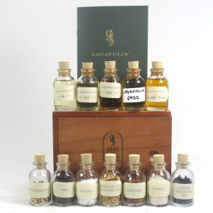 Lagavulin 200th Anniversary Tasting Companion / Including Booklet