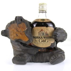 Nikka Gold and Gold 38cl / with Bear Plinth
