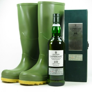 Laphroaig 40 Year Old / Including Signed Wellies