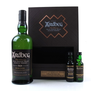 Ardbeg 10 Year Old Gift Pack / Including Uigeadail and Corryvreckan Miniatures