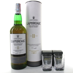 Laphroaig 11 Year Old / Including Glasses
