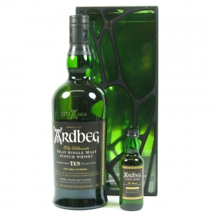 Ardbeg 10 Year Old and Uigedail Miniature front