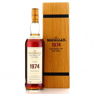 Macallan 1974 Fine and Rare 30 Year Old #929038
