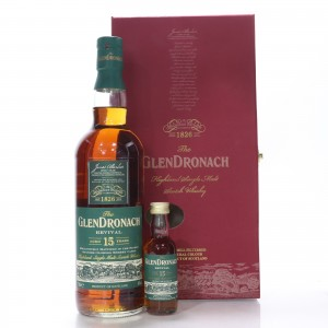 Glendronach 15 Year Old Revival Gift Pack / Pre-2015 with Miniature 5cl