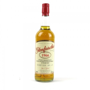 Glenfarclas 1966 Single Cask #3349 42 Year Old / Han & Maurice van Wees