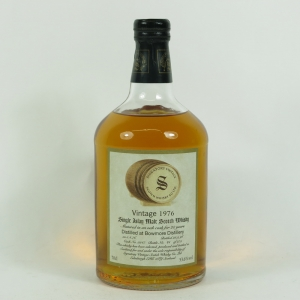 Bowmore 1976 Signatory Vintage 20 Year Old front