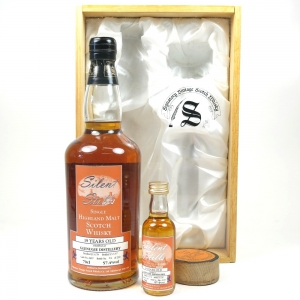 Glenugie 1978 Signatory 19 Year Old Including Mini