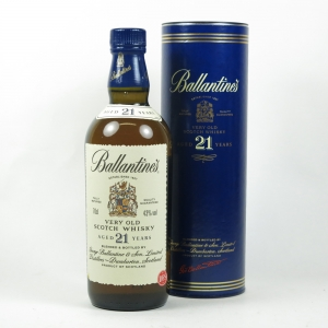 Ballantines 21 Year Old front