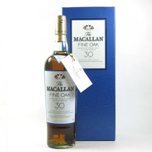 Macallan 30 Year Old Fine Oak front