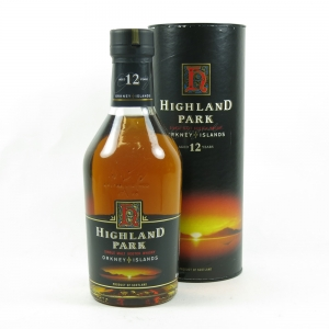 Highland Park 12 Year Old Red 'H' Over Black 1990's