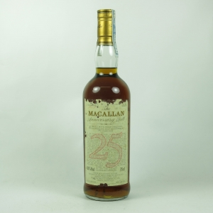 Macallan 1966 Anniversary Malt 25 Year Old front
