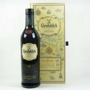 Glenfiddich 19 Year Old Age of Discovery Madeira Cask Front