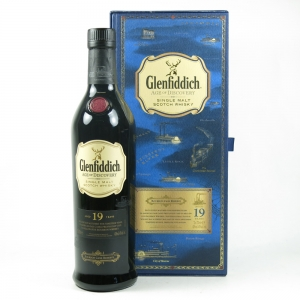 Glenfiddich 19 Year Old Age of Discovery Bourbon Cask Front
