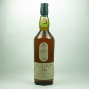 Lagavulin 16 Year Old White Horse front