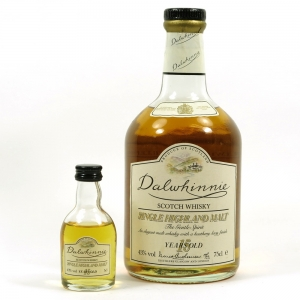 Dalwhinnie 15 Year Old 1980s and Miniature Front