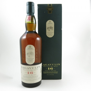 Lagavulin 16 Year Old White Horse Edition 1 Litre Front