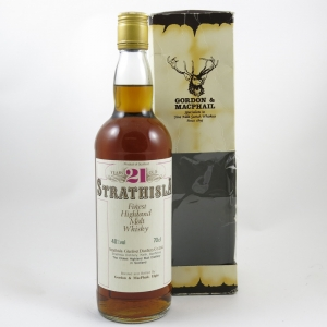 Strathisla 21 Year Old Gordon and Macphail front